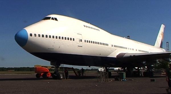 Jumbo hostel il primo hotel ricavato da un boeing 747 in for Primo hotel in cabina