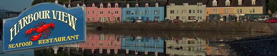 La vista del ristorante Harbour View in Scozia.