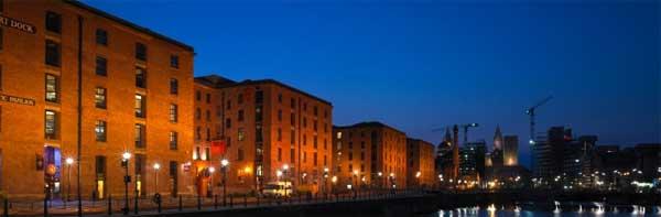 L'Albert Dock di Liverpool.