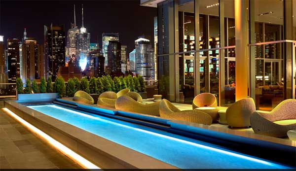 Aperitivo sui grattacieli di new york le terrazze pi for Appartamenti lusso new york