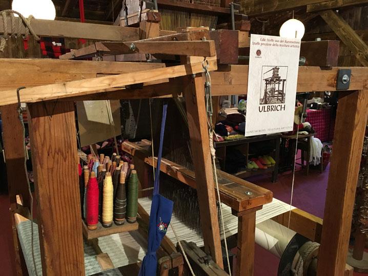Mercatino di Brunico: antico telaio