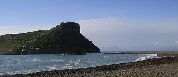Isola di Dino: storia
