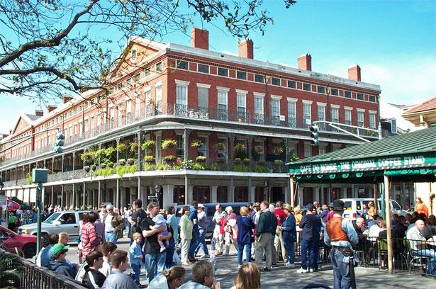 New Orleans: 10 cose da fare, Cafè du Monde